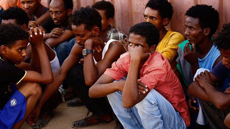 Chaque mois, des milliers d'Erythréens fuient leur pays pour tenter de gagner l'Europe. S'ils ne sont pas arrêtés au Soudan voisin. Puis kidnappés et torturés dans le Sinaï pour contraindre leurs familles à payer une rançon. (AFP - ASHRAF SHAZLY)