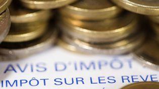 Un avis d'imposition, en septembre 2012. (JOEL SAGET / AFP)