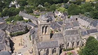 Finistère : à la découverte du village de Locronan, chargé d'histoire et de traditions (France 2)