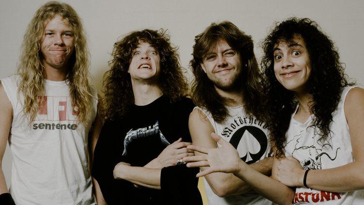 Metallica le 1er novembre 1986 dans un hôtel de Tokyo.  (  Koh Hasebe/Shinko Music/Getty Images)