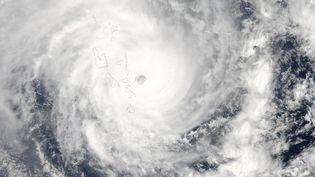 Le cyclone Pam lors de son passage sur l'archipel du Vanuatu, dans le Pacifique, dans la nuit du 13 au 14 mars 2015. (NASA / REUTERS)