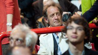 """Initialement au côté de François Bayrou, Vincent Lindon a rallié François Hollande dans l'entre-deux-tours. Il a été aperçu dans l'espace """"VIP"""" du meeting de Bercy, le 29 avril. (CHAMUSSY / CHESNOT / SIPA)"""
