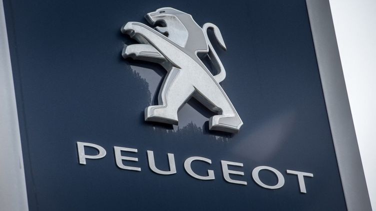 Le logo du constructeur Peugeot. (Photo d'illustration) (PHILIPPE HUGUEN / AFP)