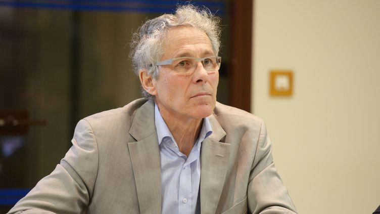 """Eliminé dès le premier tour des élections départementales le 22 mars 2015,Alain Cottalorda (PS), président sortant du conseil général de l'Isère, estime que """"le département va basculer"""" à droite. (MOURAD ALLILI / CITIZENSIDE.COM / AFP)"""