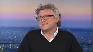"""Michel Onfray était l'invité du Grand Soir 3 pour présenter son nouvel ouvrage """"Décoloniser les provinces"""".  (France 3 / Culturebox)"""