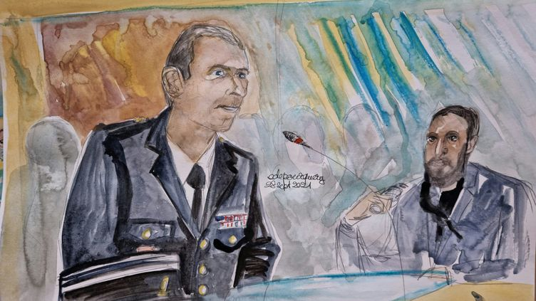 Le capitaine Jonathan, ancien membre de la Garde républicaine, témoigne au procès des attentats du 13-Novembre, devant la cour d'assises spéciale de Paris, le 28 septembre 2021. (ELISABETH DE POURQUERY / FRANCEINFO)