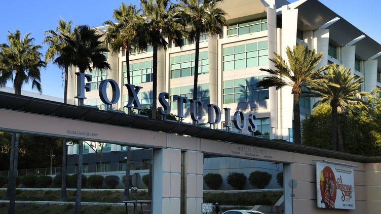 Les studios Fox, sans doute rachetés par Disney, à Los Angeles (Californie). (MARK RALSTON / AFP)