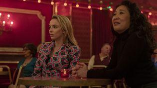 """Jodie Comer (gauche) et Sandra Oh (droite) dans la série """"Killing Eve"""". (LAURA RADFORD/BBCAMERICA/SID GEN)"""