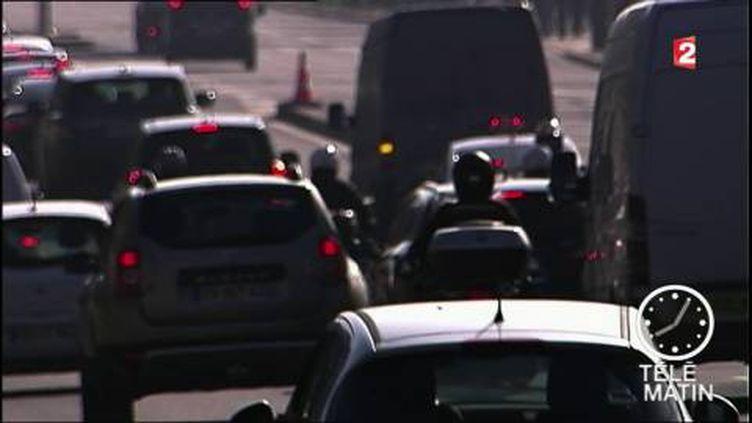 Les voitures diesel sont délaissées par les automobilistes. (FRANCE 2)
