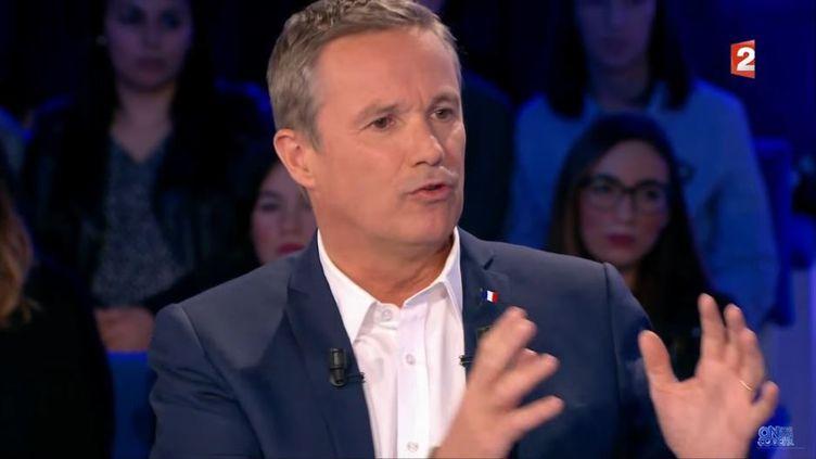 """Nicolas Dupont-Aignan sur le plateau de """"On n'est pas couché"""", diffusé le 18 février 2017 sur France 2. (FRANCE 2)"""