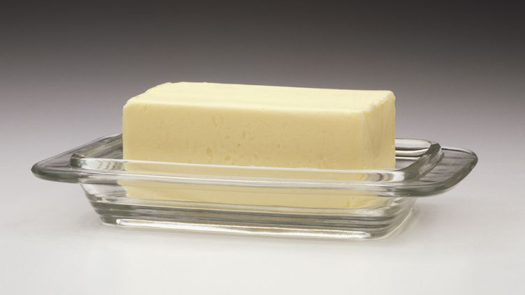 La présence de bouts de câble dans le beurre est liéeà un incident sur une ligne de production de l'entreprise Agral, à Courcelles(Belgique). (DORLING KINDERSLEY / GETTY IMAGES)