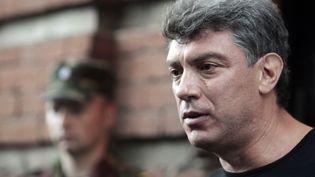 L'opposant russe Boris Nemtsov s'exprime à Moscou, le 15 juin 2012, à Moscou (Russie). (SERGEI KARPUKHIN / REUTERS)