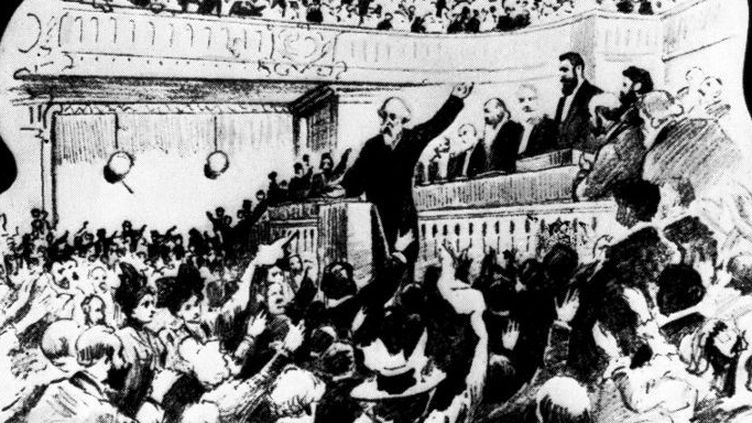 Scène du congrès sioniste de 1898 avec Theodor Herzl (débout en haut, à droite, avec la barbe noire) à la tribune. (Archives Snark / Photo12)