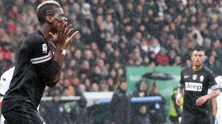 Tenus en échec par Parme, Paul Pogba et les siens voient la Lazio revenir à distance.  (MAURIZIO PARENTI / AFP)