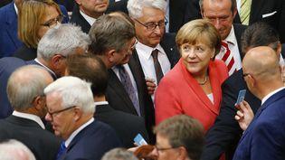 La chancelière allemande, Angela Merkel, lors du vote du Bundestag sur la participation de l'Allemagne aux négociations sur le plan d'aide à la Grèce, vendredi 17 juillet 2015, à Berlin. (AXEL SCHMIDT / REUTERS)