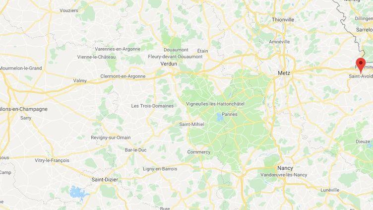 Les pompiers de Moselle ont été prévenus à 2h45, dans la nuit de jeudi à vendrediau centre des impôts de Saint-Avold (Moselle). (GOOGLE MAPS)