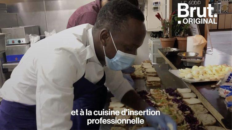 VIDEO. Au Refugee Food Festival, des chefs-cuisiniers réfugiés cuisinent pour les sans-abri (BRUT)