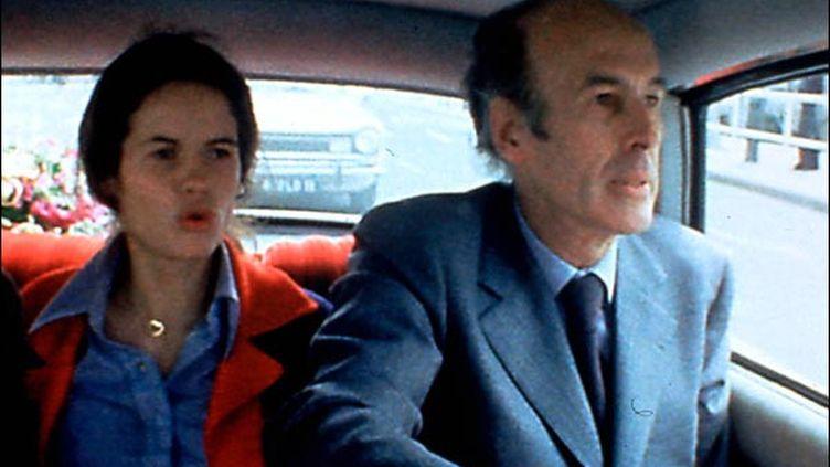 Anne-Aymone et Valéry Giscard d'Estaing pendant la campagne présidentielle de 1974 (photo Raymond Depardon © Gémaci)
