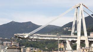 Le viaduc de Gênes, en Italie, s'est effondré, le 14 août 2018, faisant une quarantaine de victimes. (MAURO UJETTO / NURPHOTO/AFP)
