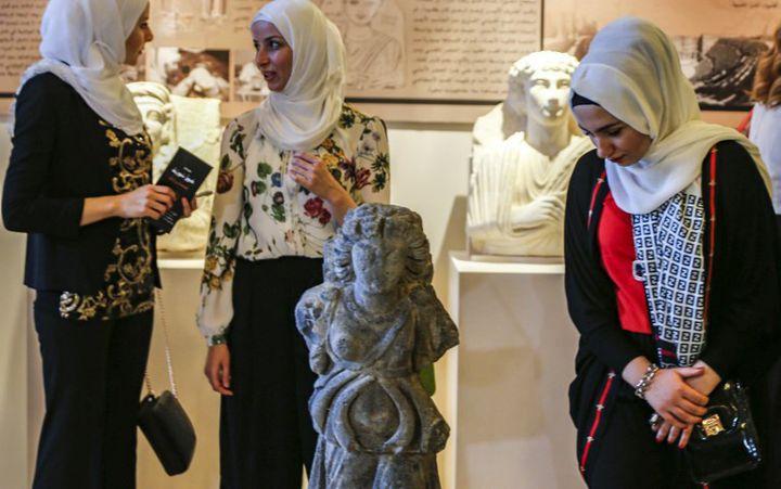 Damas : buste de l'exposition archéologique d'octobre 2018  (LOUAI BESHARA / AFP)