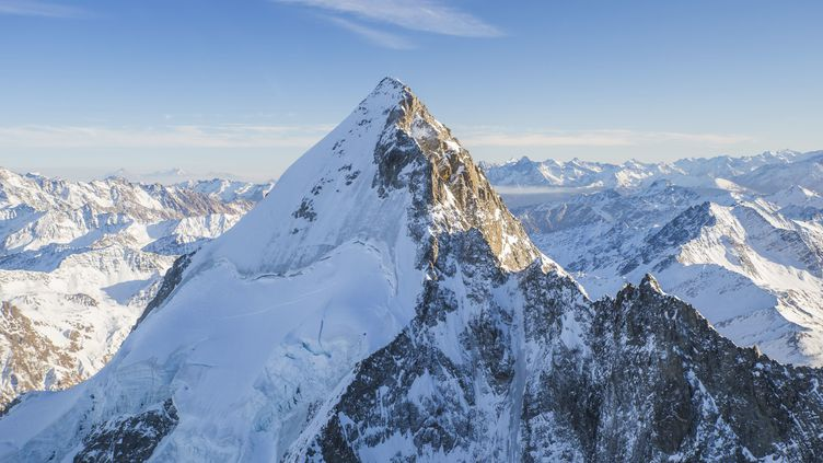 Vue aérienne du mont Blanc, en Haute-Savoie. (VUANO TRISTAN / HEMIS.FR / AFP)