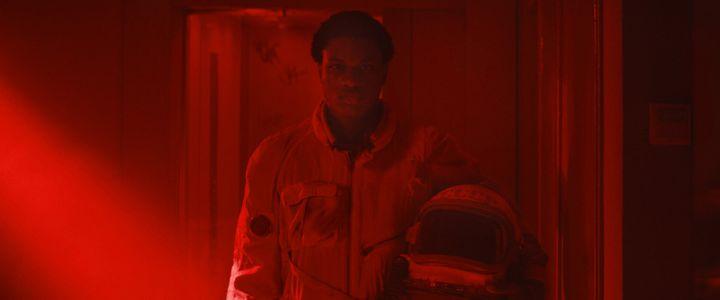 """Alséni Bathily dans """"Gagarine"""" deFanny Liatard et Jérémy Trouilh (2020). (HAUT ET COURT)"""