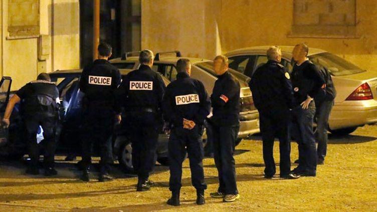 (2700 perquisitions administratives ont été menées depuis la mi-novembre comme ici à Carcassonne © MAXPPP)
