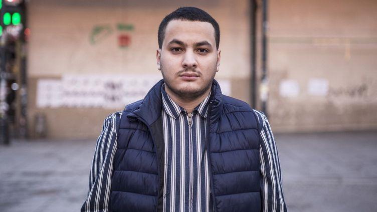 Taha Bouhafs, journaliste, militant de gauche et ancien candidat aux législatives de 2017 sous l'étiquette La France insoumise, le 12 février 2019 à Paris. (YANN CASTANIER / HANS LUCAS / AFP)
