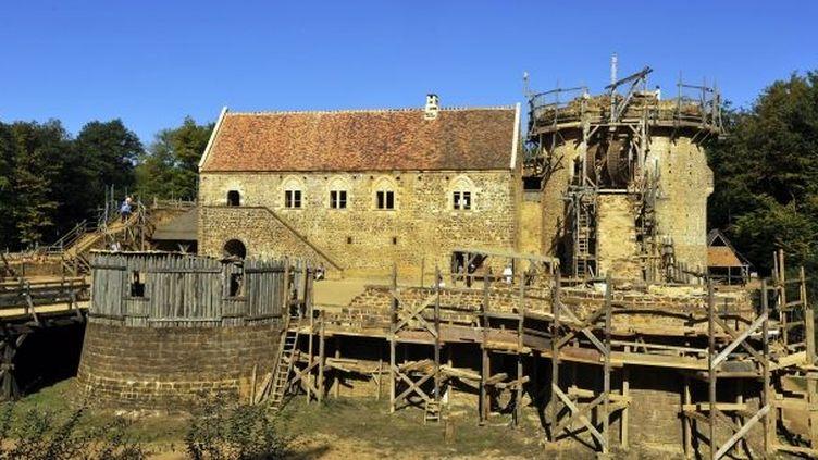Le château de Guédelon est construit selon des méthodes ancestrales. Un chantier gigantesque prévu sur 25 ans.  (Didier Saulnier/Maxppp)