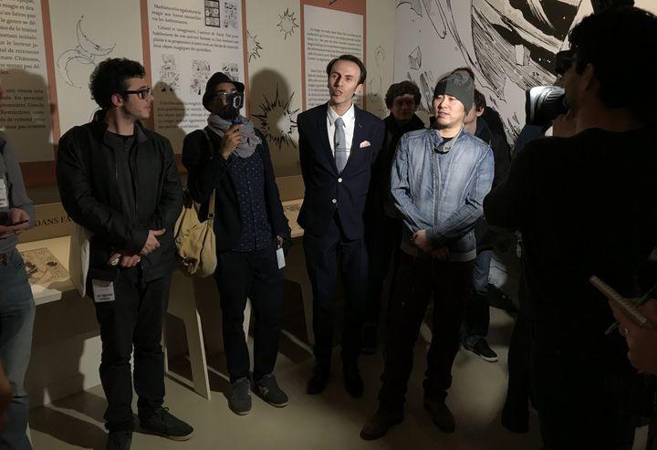 """Hiro Mashima lors de la présentation de l'exposition """"Fairy Tail"""" à Angoulême, 24 janvier 2018  (Laurence Houot / Culturebox)"""