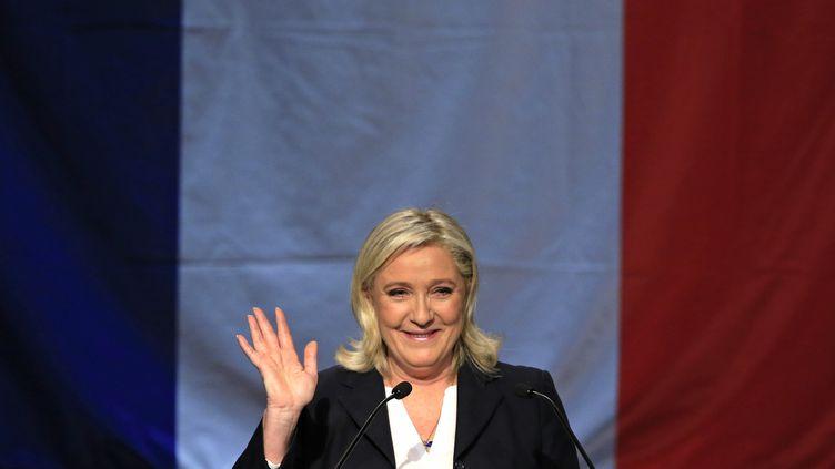 Marine Le Pen à Hénin-Beaumont, après les résultats du premier tour des élections régionales, le 6 décembre 2015. (PASCAL ROSSIGNOL / REUTERS)