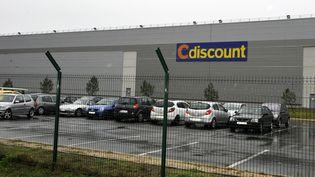 Un entrepôt de Cdiscount à Cestas (Gironde), le 14 décembre 2012. (JEAN-PIERRE MULLER / AFP)