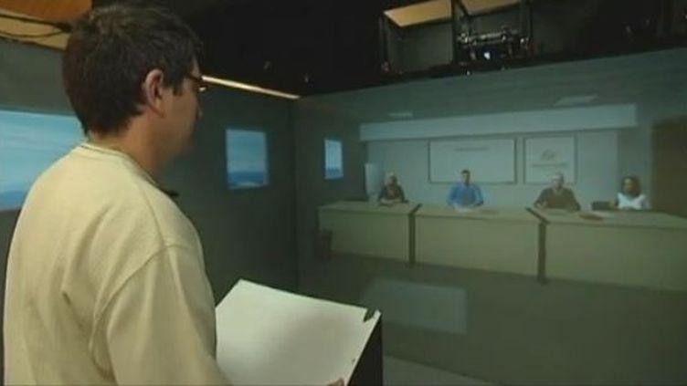 Les entretiens d'embauche du futur se feront face à des avatars au Centre des réalités virtuelles de Clermont-Ferrand (Puy-de-Dôme) - mai 2012 (CAPTURE D'ÉCRAN FRANCE 3)
