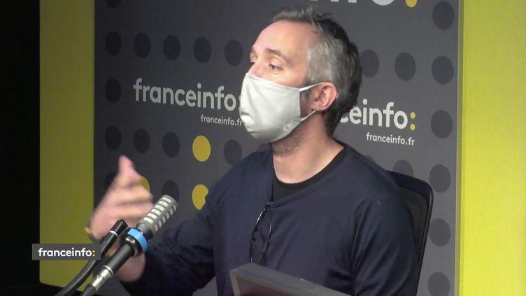 Guillaume Lacroix, PDG de Brut, dans les locaux de franceinfo le 8 avril 2021 (CAPTURE D'ECRAN/FRANCEINFO)