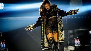 Rihanna en Givenchy haute couture pour le Diamonds World Tour  (DR)