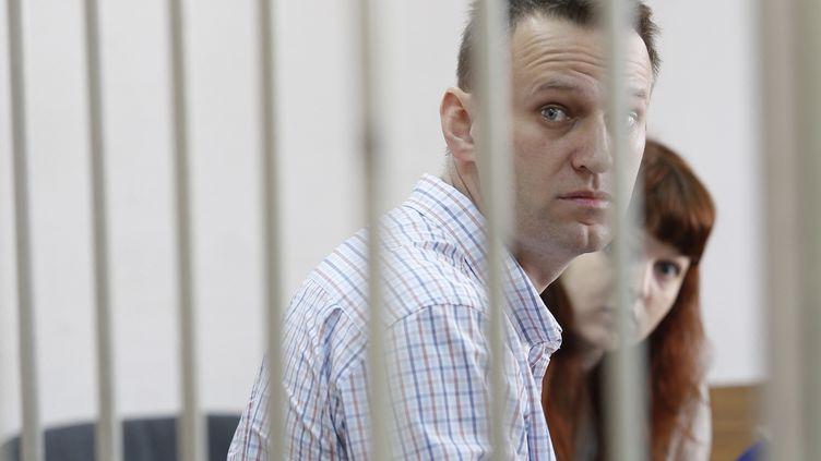 L'opposant russe Alexeï Navalny, lors de son audience devant un tribunal de Moscou (Russie), le 17 septembre 2014. (NIKITA SHVETSOV / ANADOLU AGENCY / AFP)