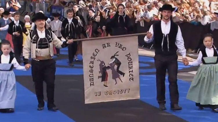 La grande Parade Festival Interceltique 2014