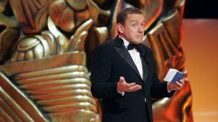 L'acteur et réalisateur Dany Boon pendant la 32e Nuit des César, non pas comme lauréat mais comme remettant du prix du meilleur film, le 24 février 2007 à Paris. (FRANCOIS GUILLOT / AFP)