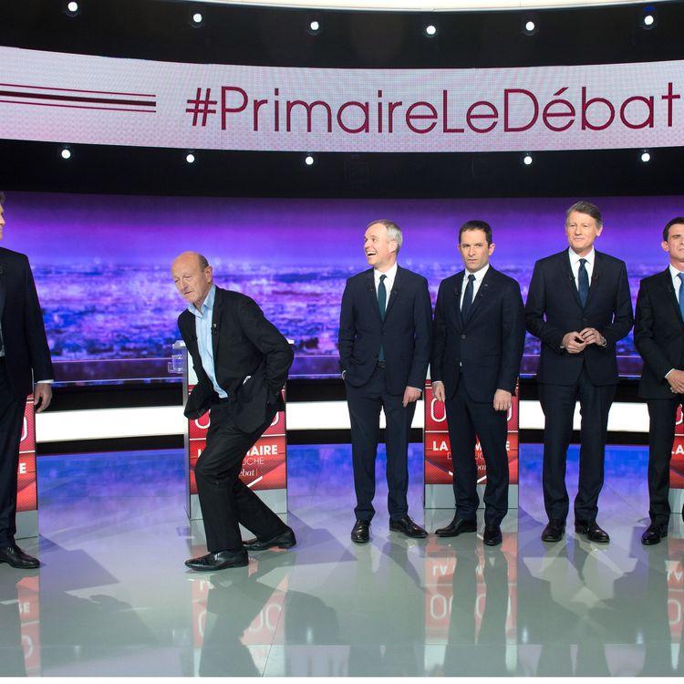 Les sept candidats à la primaire de la gauche, le 12 janvier 2017. (CHAMUSSY/SIPA)