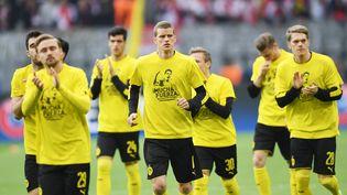 Les joueurs du Borussia Dortmund s'entrainent mercredi 12 avril, avant le quart de finale aller de la Ligue de champions face à l'AS Monaco. (PATRIK STOLLARZ / AFP)