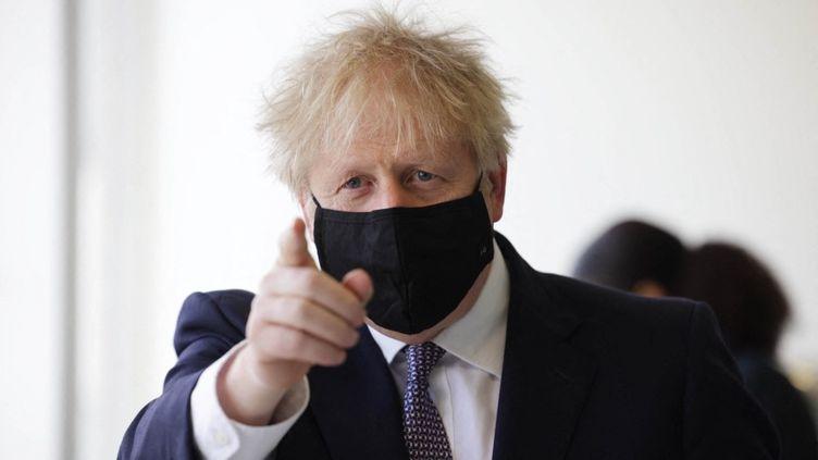 Le Premier ministre britannique, Boris Johnson, le 29 avril 2021 à Londres (Royaume-Uni). (DAN KITWOOD / AFP)