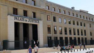 Le tribunal correctionnel de Nîmes. (Hervé Sallafranque / Radio France)