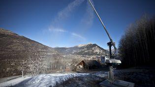 La station de Serre-Chevalier (Hautes-Alpes), le 30 novembre 2020, fermée au public. (THIBAUT DURAND / HANS LUCAS / AFP)
