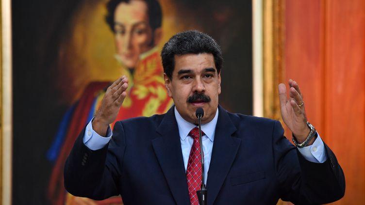 Le président vénézuélien, Nicolas Maduro, le 25 janvier 2019 à Caracas. (YURI CORTEZ / AFP)