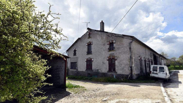 La maison où Bérényss a été détenue par son ravisseur, photographiée le 28 avril 2015 à Montzeville (Meuse). (AFP)
