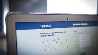 Photo d'illustration. Lespublications de 14 millions d'utilisateursde Facebook ont été mises en ligne publiquement par accident pendant quatre jours, a annoncé le réseau social le 7 juin 2018. (JAAP ARRIENS / NURPHOTO / AFP)