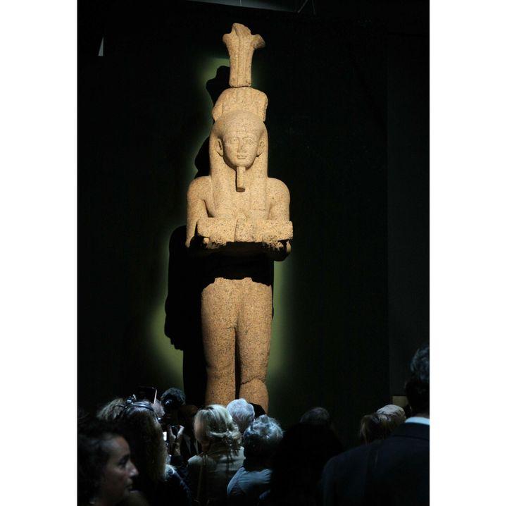 Statue monumentale de Hâpy, père des dieux, trouvée dans la baie d'Aboukir par la mission archéologique sous-marine de Franck Goddio  (Giniès / SIPA)