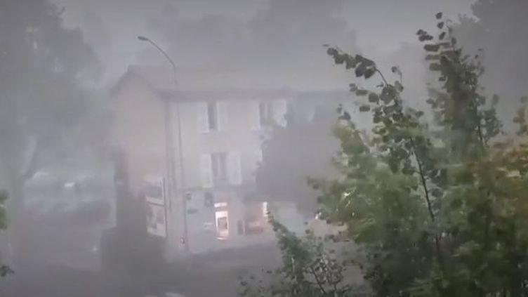 Orages dans la Loire et la Haute-Loire : une nuit très agitée (FRANCE 3)