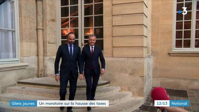 """""""Gilets jaunes"""" : un moratoire sur la hausse des taxes"""