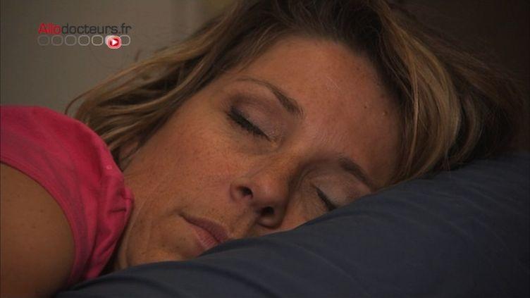 Sommeil : est-il possible d'apprendre en dormant ?